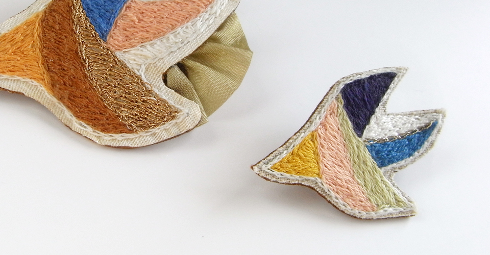 yura-ri(ユラリ) – ハンドメイドの刺繍ブローチ・ネックレス・布雑貨
